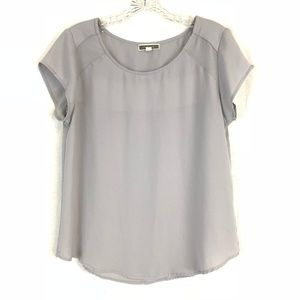 Pleione Gray Short Sleeve Top